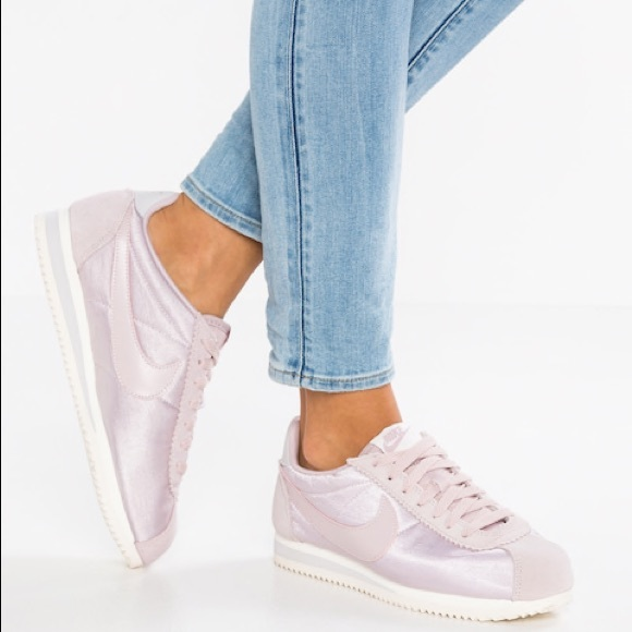 Nike Shoes   Cortez In Particle Rose